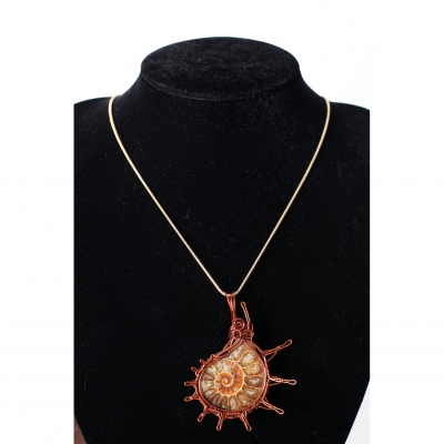 Cypher Crafts | Necklace Ammonite stone set in sea shell pattern